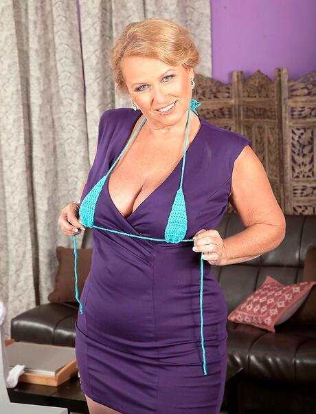 Granny Bikini Pictures