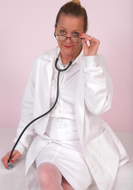 Granny Nurse Pictures