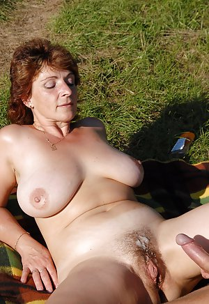 Outdoor Granny Sex Pictures