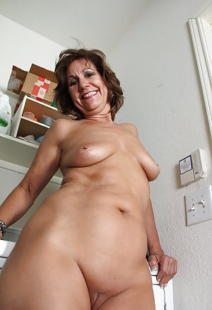 Shaved Old Pussy Pictures