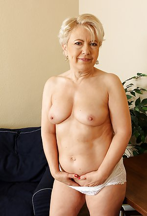 Blonde Granny Pictures