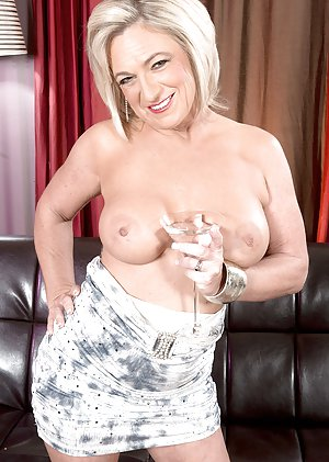 Blonde Granny Pictures