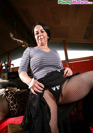 Upskirt Granny Pictures