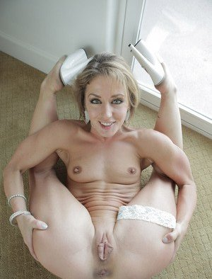 Flexible Pussy Pictures