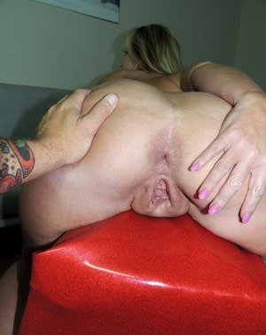 Granny Anal Gape Pictures